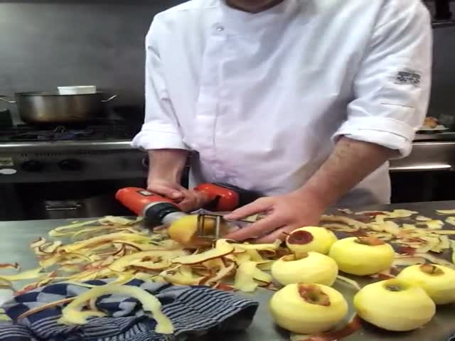 How to Effortlessly Peel Apples in No Time