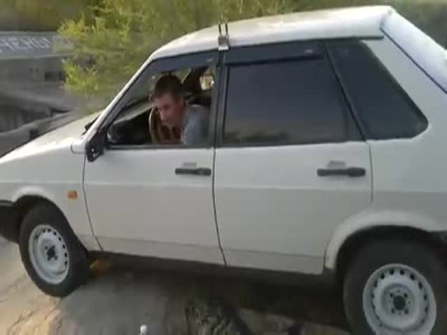 Drunk Russian Wants to Show His Friends His Driving Skills