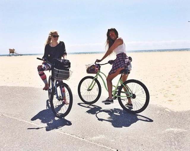 Bike Riding Babes Deserve Two Thumbs Up