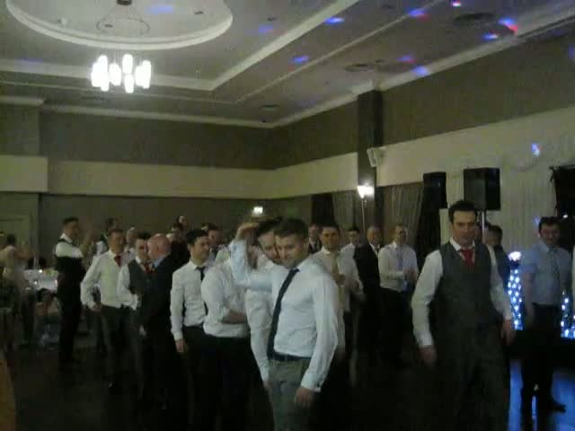 Groom Surprises Guests with Some Epic Irish Dancing