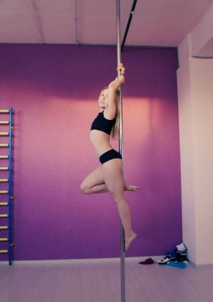 Pole Dancing Girls Are Both Fit And Sexy 38 Pics