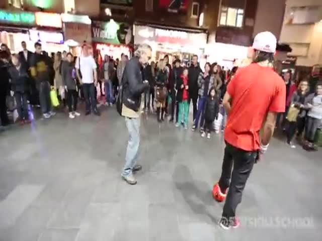The London Dude Who Has the Most Legendary Street Football Skills Ever
