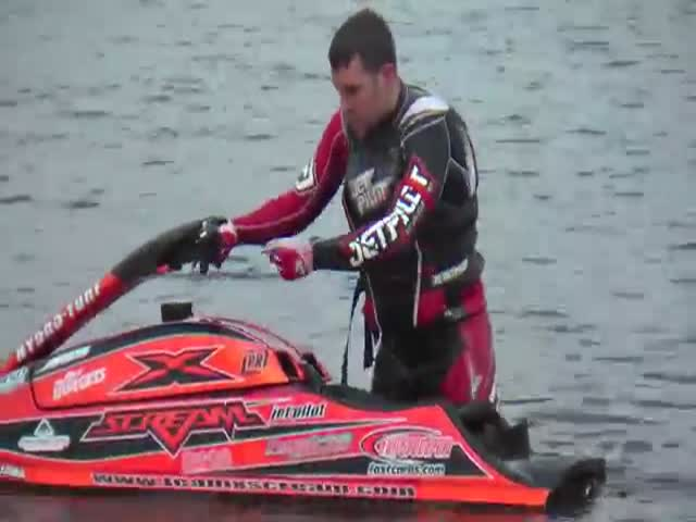 Jet Ski Champion Shows off His Killer Stunts