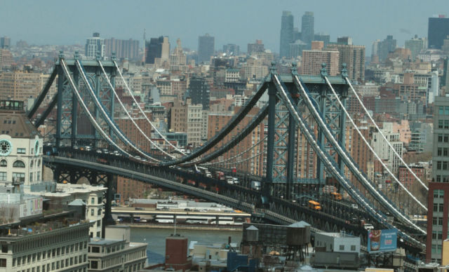 The Manhattan Bridge Has an Unexpected New Use