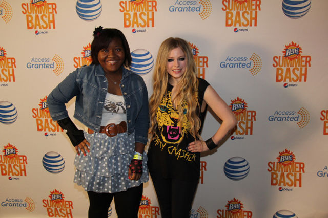What Meeting Avril Lavigne Is Like Compared to Meeting Other Top Musicians