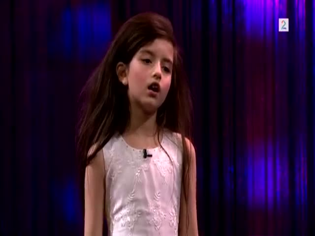 8-Year-Old Girl's Stunning Cover of 'Fly Me To The Moon'
