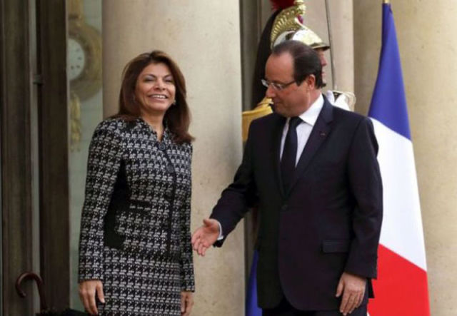 The French President Sucks at Handshakes