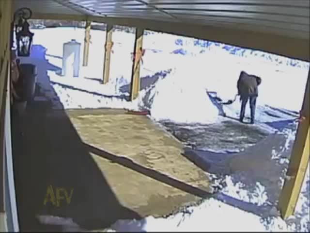 Man Shovels Entire Driveway and Then..  (VIDEO)