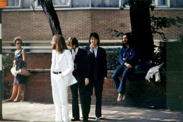How the Iconic Beetles Abbey Road Album Cover was Made