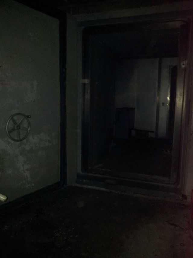 What the Inside of a Real Cold War Bunker Looks Like