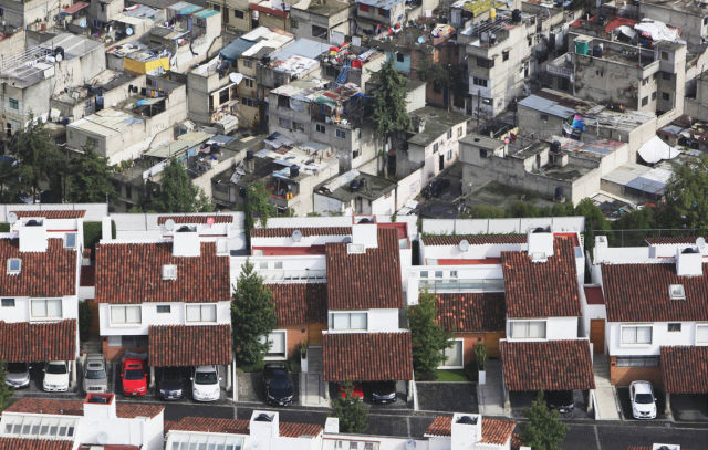 The Stark Contrast between Mexico's Rich and Poor