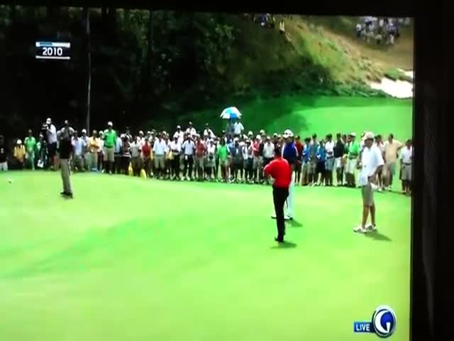 Johnny Miller Insist 102-foot Putt Is Impossible, Jack Nicklaus Proves Him Wrong  (VIDEO)