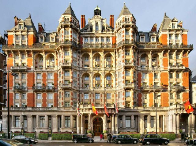 London's Swankiest Hotels That Cost a Pretty Penny