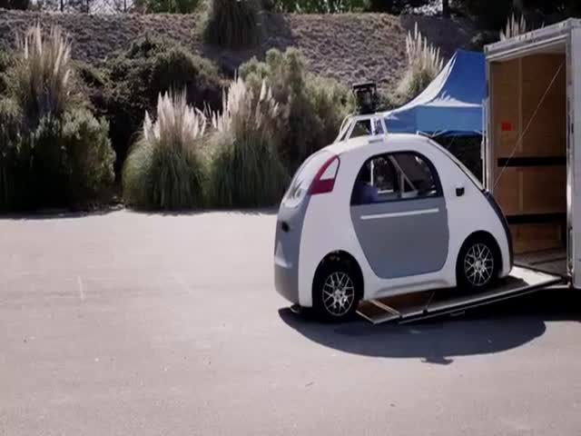 Google's Self Driving Car Doesn't Need Pedals Nor Steering Wheel