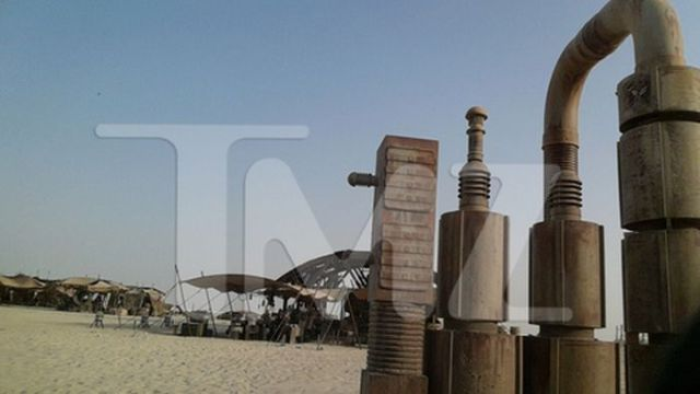Secret Photos from the Set of Star Wars Episode VII