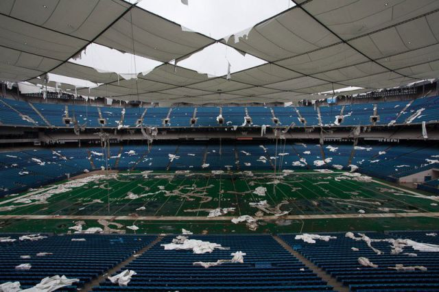 Photographs of the Legendary Pontiac Silverdome Then and Now