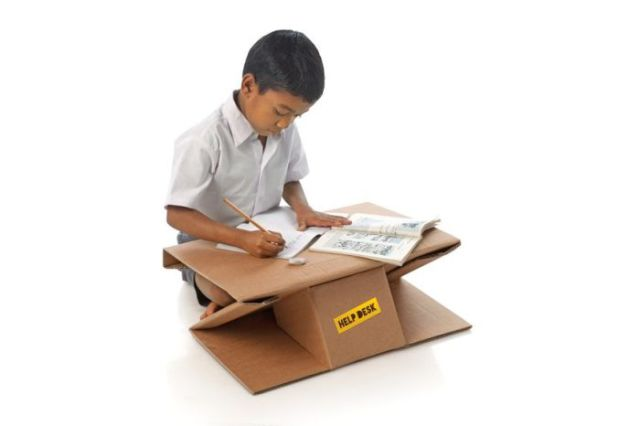 A Convenient and Compact Portable Desk