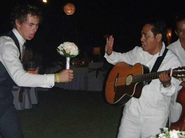 Ridiculous and Funny Wedding Photos