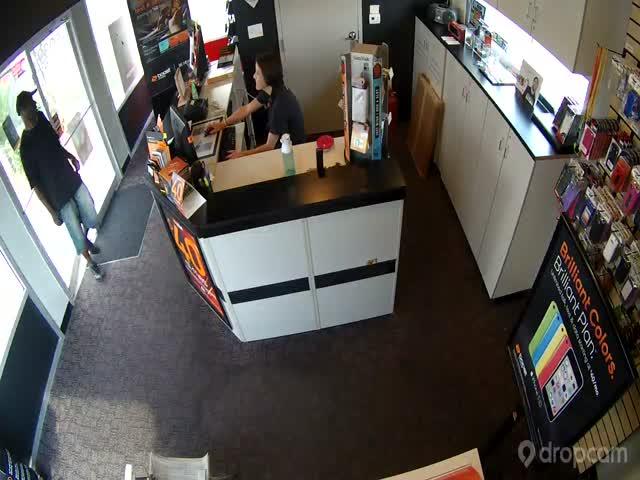 Brutal Robbery: Vicious Man Breaks Pregnant Cashier's Nose, Steals Cash  (VIDEO)