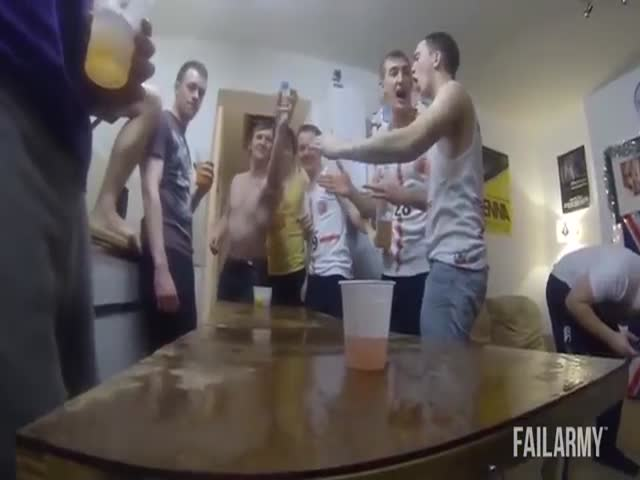 The Ultimate Drunk Fails Compilation  (VIDEO)