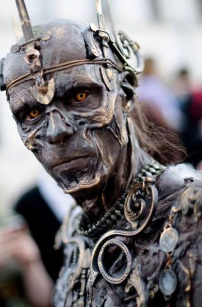 An Amazing Zombie Costume That Is Like Walking Art