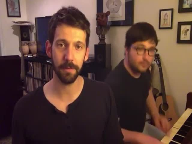 Guy Impersonates 29 Celebrity Voices While Singing an Original Song