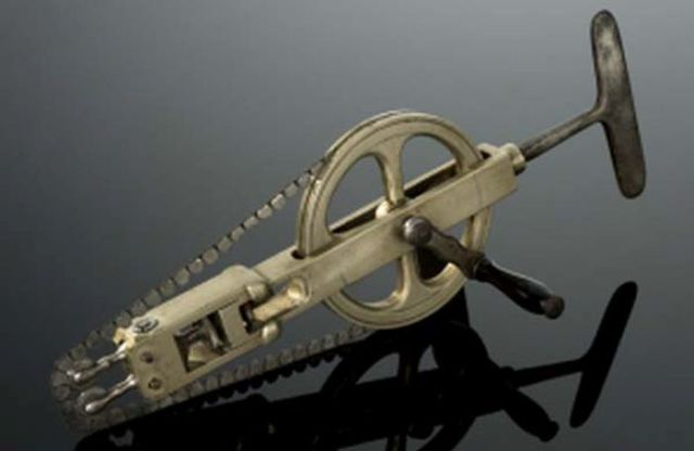 Vintage Surgical Tools That Are Pretty Damn Scary