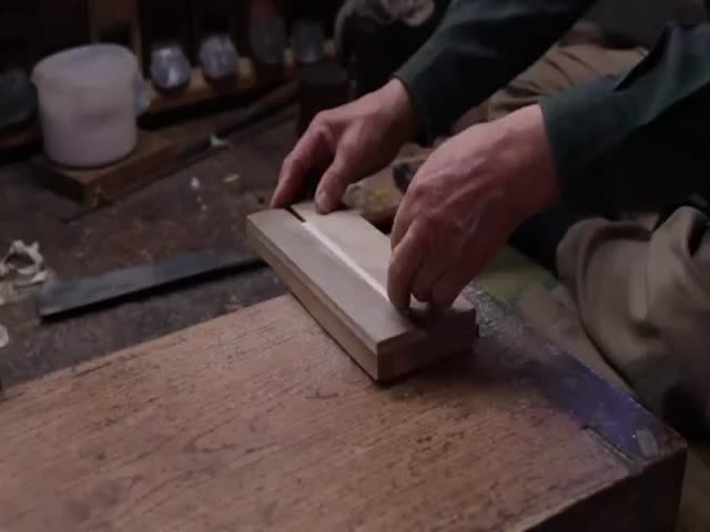 Japanese Craftsman Makes Something from Scratch That You Have to See