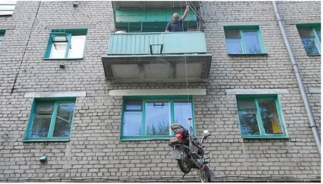 An Innovative Fix for Getting Your Motorcycle onto Your Balcony