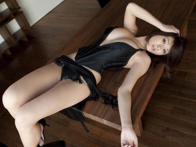 Hot Ladies in Even Hotter Lingerie