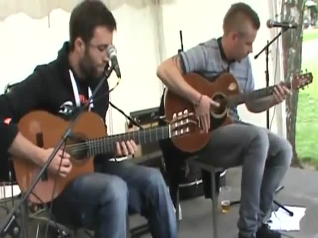 Check Out This Awesome Acoustic Tribute to Daft Punk  (VIDEO)