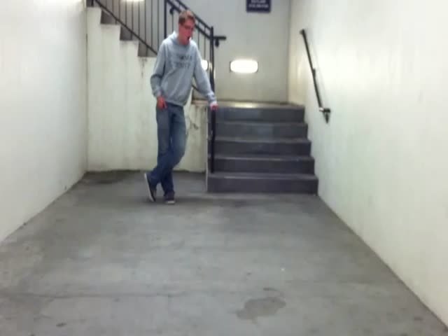 Singing Halo 3 Theme Song in a Stairwell  (VIDEO)