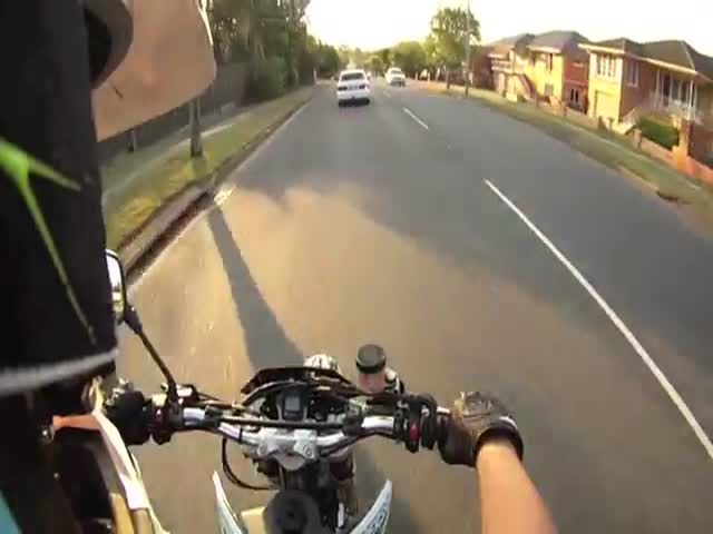 Unusual Motorcycle Accident Caught through a GoPro