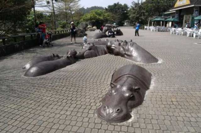 Striking and Unusual Public Sculptures from around the World