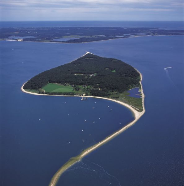 Dream Islands That Are Owned Privately