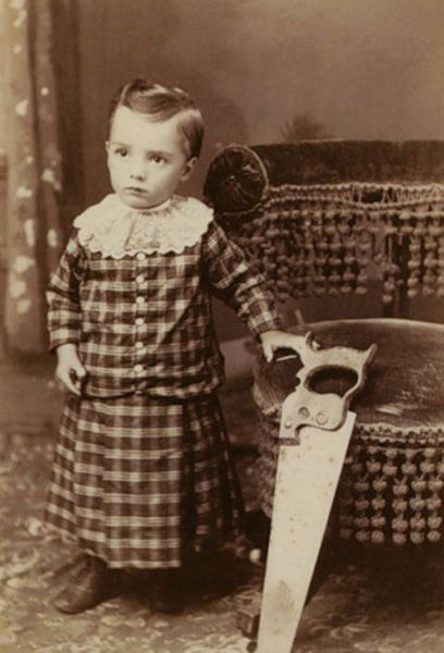 Bizarre Vintage Photos That Are a Bit Concerning