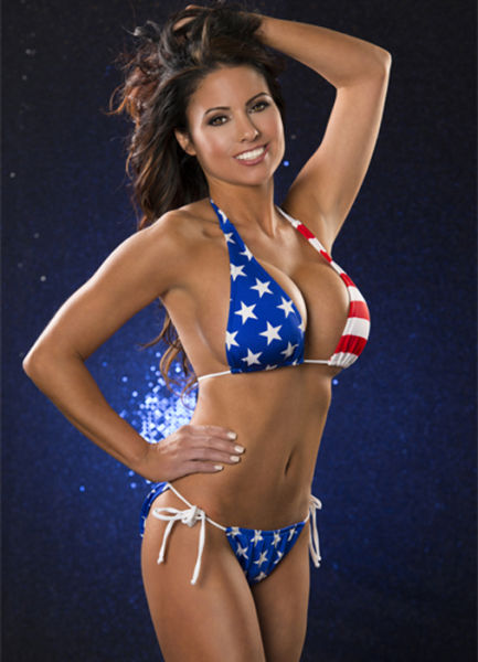 ... the Annual Miss Hooters International Swimsuit Competition (100 pics