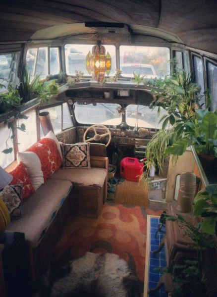 A 40s Chevy Bus Gets a Stunning Revamp