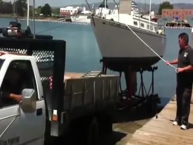 How Not to Pull a Sailboat Out of the Water  (VIDEO)