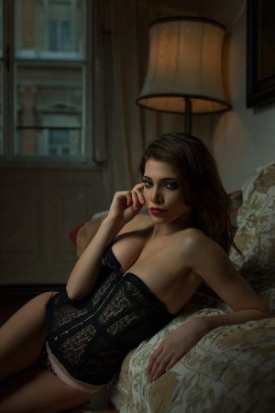 Ladies Sizzle in Sexy Lingerie