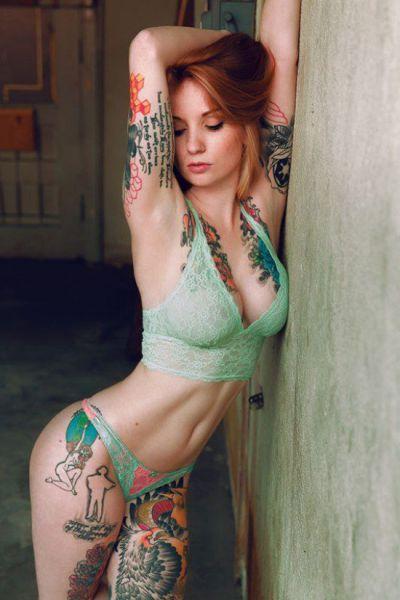 Girls Who Make Tattoos Look Hot 44 Pics  2 Gifs -2528
