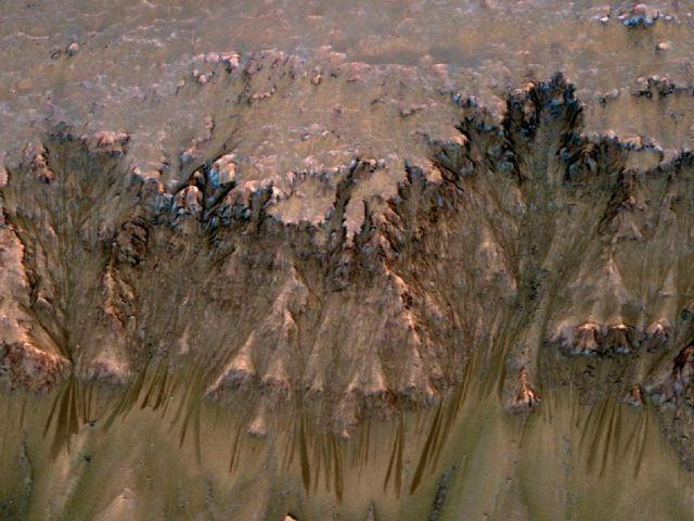 Spectacular Photos of Mars