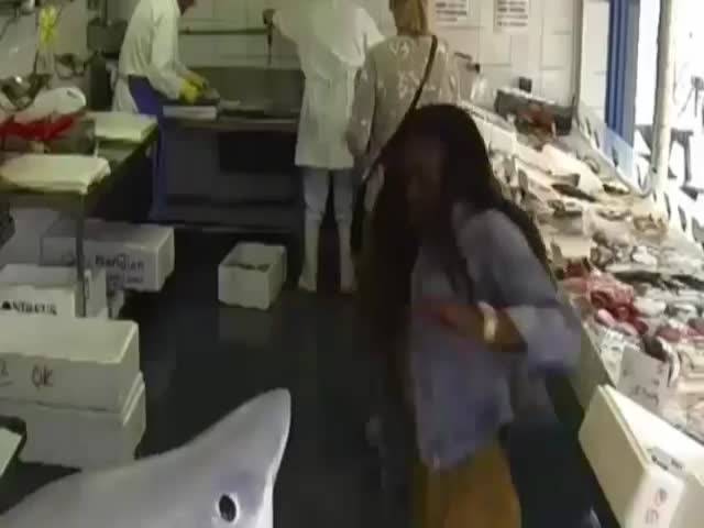 Shark Attack Prank at London Fish Market