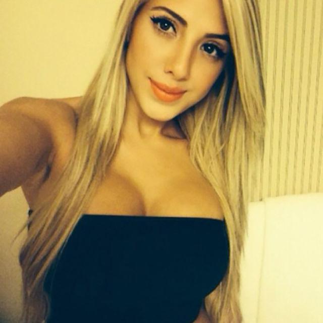 Горячая блондинка валерия орсини 24