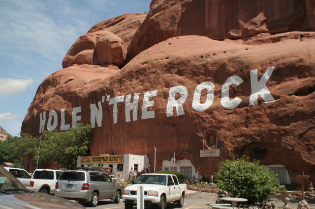 Small Town America's Most Striking Tourist Attractions