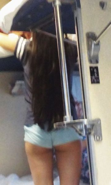 Girls Who Will Motivate You to Ride the Trains