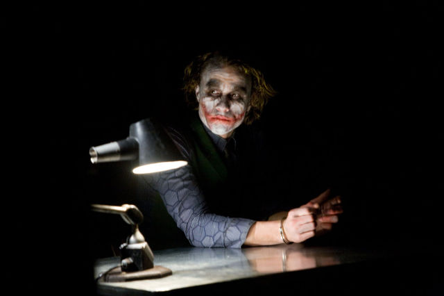 "Photos Taken on Set During ""The Dark Knight"" Interrogation Scene"