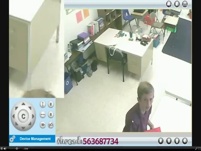 Guy Hacked The Security Camera and Speakers of a Classroom  (VIDEO)