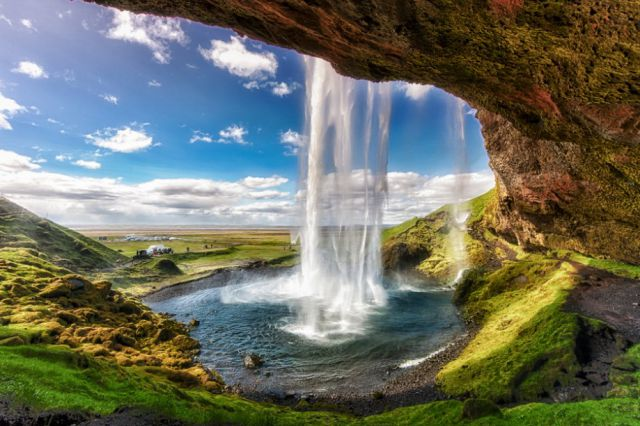 Iceland Is a Truly Stunning Country