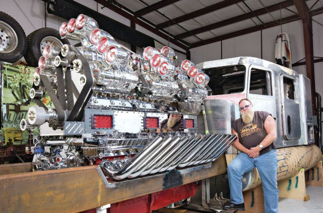 An Enormous Truck Motor That's Pretty Impressive